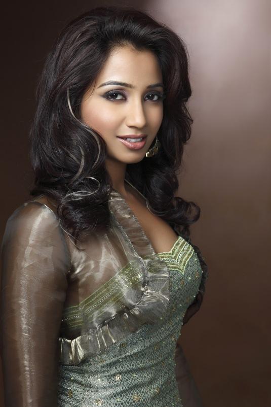 Shreya-Ghoshal-Stills _4_